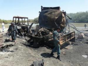 ausgebrannte-tankwagen-opferzahl-nato-opferzahl-bei-afghanistan-luftangriff-unklar-308543_0_320